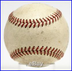 1952 Yankees Team Signed Autographed Baseball Mickey Mantle Rare Psa/dna Z05657