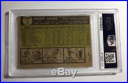 1961 Roger Maris Autographed Card Topps #2 PSA / DNA Certified Autograph 10