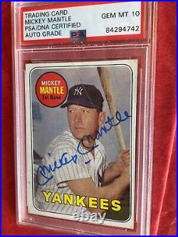 1969 MICKEY MANTLE LAST MICK TOPPS CARD Autographed Signed AUTO PSA DNA GEM 10