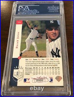 1993 SP Derek Jeter signed auto PSA DNA Yankees Rookie RC autographed