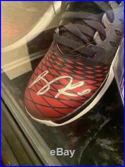 Derrick Rose autographed Shoes PSA/DNA