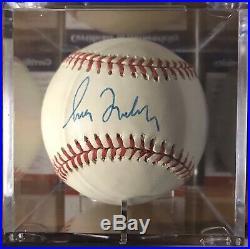 Greg Maddux Signed Baseball! Autograph Psa/dna Coa! Cubs Braves Hof Auto Wow