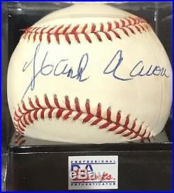 Hank Aaron 755 HOME RUN KING AUTOGRAPHED SIGNED baseball PSA/DNA Graded Mint 9