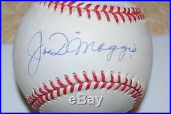 Joe Dimaggio Signed Autographed Oalb Single Signed Yankees Psa/dna Nice Hof