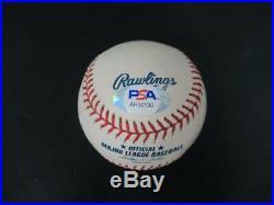 Kobe Bryant Signed Baseball Autograph Auto PSA/DNA AH50190