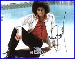 Michael Jackson Authentic Signed 11X14 Photo Autographed PSA/DNA #Y06733