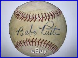 Outstanding Babe Ruth Single-Signed Autographed Baseball PSA/DNA Auto Grade 8