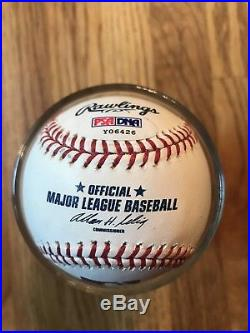 Yankees Derek Jeter Signed OML Baseball Autographed PSA/DNA Authenticated